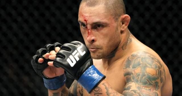 Атлетическая комиссия дисквалифицировала на год, отменив результат последнего боя, лишив его 25 % гонорара и назначив штраф в размере 20 тысяч долларов. После этого Силва продолжил выступать в UFC.