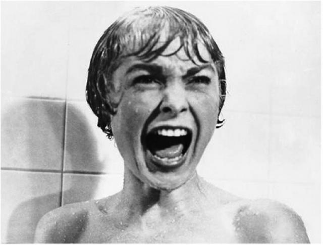 """""""Психоз"""". Насильственная смерть главной героини, угнетающе мрачная атмосфера дома Бейтсов... что может напугать больше?"""