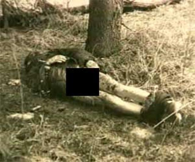 Угрожая ножом, Головкин утащил жертву в лес, изнасиловал, задушил и надругался над трупом.