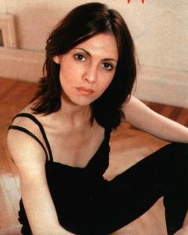 В 1994 году, сразу же после окончания института, Инга уехала в США, где прошла семестр английского и курс в знаменитой актерской школе Ли Страсберга в Нью-Йорке. Но прижиться в Америке не смогла.