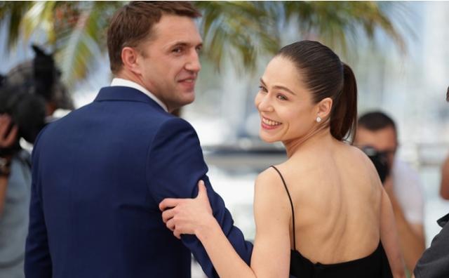 """Все закончилось, когда весной 2014 года. Владимир закрутил роман с партнершей по фильму """"Лефиафан"""" Еленой Лядовой. Компрометирующие снимки попали в СМИ."""