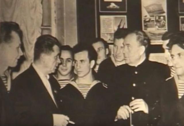 В 1949 году Александр был осужден на три года лишения свободы по обвинению в разбазаривании социалистической собственности.