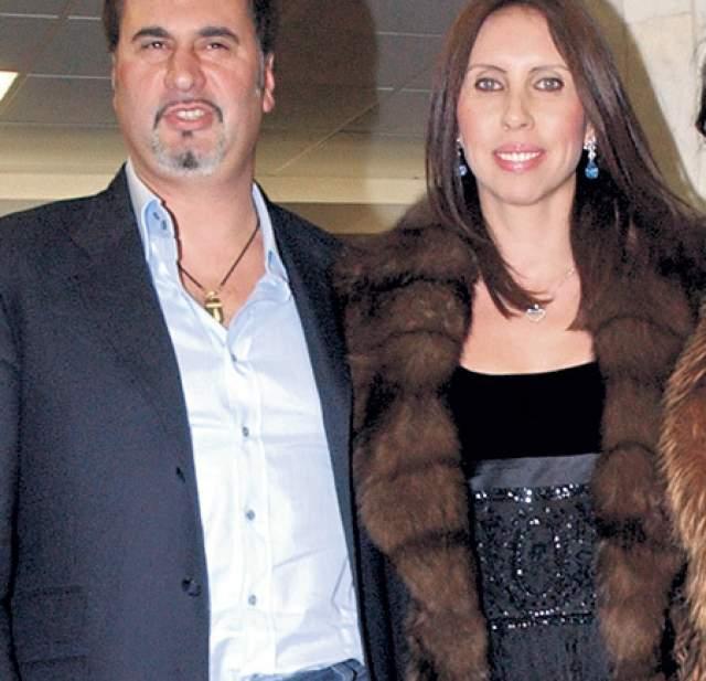Валерий Меладзе. Певец почти десять лет скрывал от законной жены вторую семью. В 2013 году появилась информация о том, что он решил развестись с супругой после 18 лет совместной жизни, что стало для нее большим шоком.