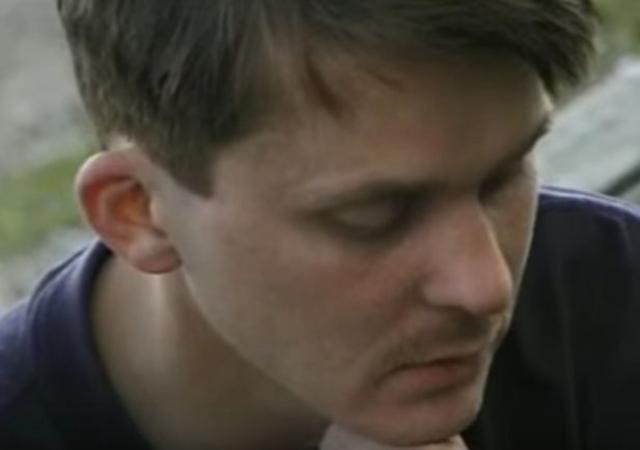 Михаил не оставил свое увлечение музыкой, переехал жить в Испанию. Но тоже стал инвалидом, перенес инсульт. Сейчас он проживает в хосписе в Барселоне.