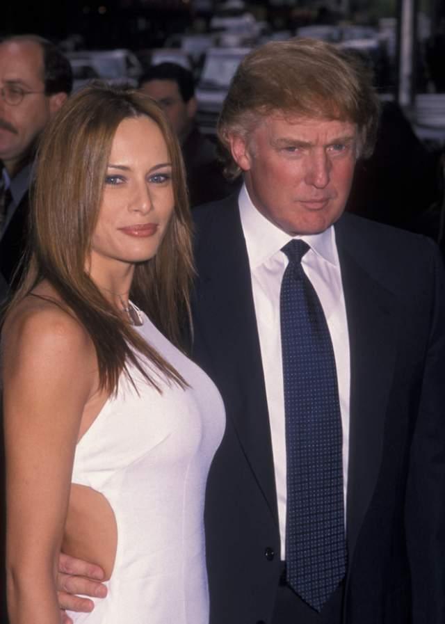Меланья Трамп, 48 лет. Муж - Дональд Трамп, президент США. Сын - Бэррон Трамп, 12 лет. Их история началась в 1998-м, а когда пара начала встречаться открыто, карьера Меланьи Кнаусс пошла резко вверх.