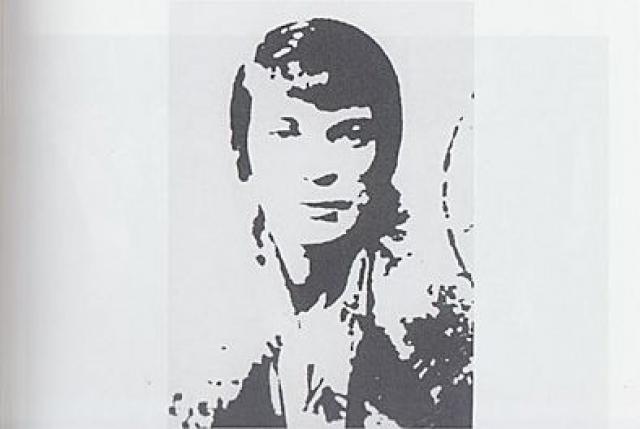 """В апреле 1936 года была направлена в Париж для работы радисткой нелегальной радиостанции НКВД, а 22 июня 1941 года написала письмо руководителю советской внешней разведки: """"Прошу дать мне работу немедленно. Я могу пойти на фронт в качестве радиста, я могу делать одежду для солдат, в конце-концов, с моим опытом нелегальной работы, я не боюсь работы в тылу врага""""."""