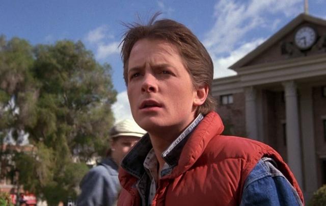 """Майкл Дж. Фокс – Марти МакФлай. """"Назад в будущее"""" - шедевр Роберта Земекиса, """"приклеивший"""" к исполнителю одной из главных ролей типаж Марти настолько, что """"отклеить"""" его оказалось просто невозможно."""