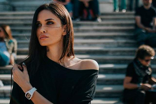 Сама Алана часто становилась фигуранткой скандальных хроник в СМИ: начиная с компрометирующих видео, где Алана просит у парня кокаин и заканчивая ее высказыванием о том, что город Краснодар - это колхоз.