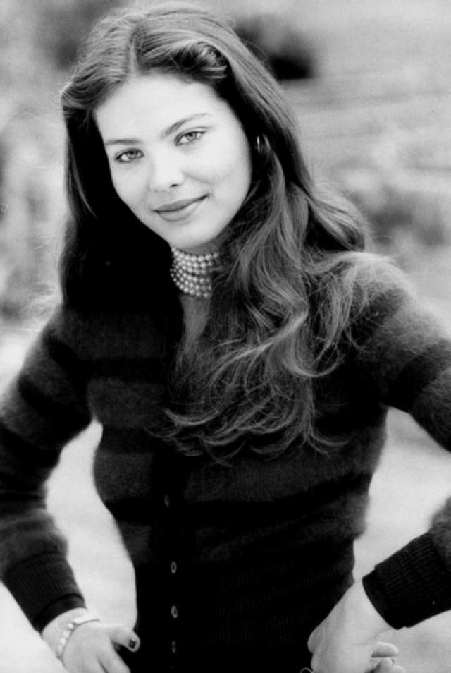 Орнелла Мути У красивейшей актрисы из Италии российские корни, так как бабушка и дедушка красавицы родилась в Санкт-Петербурге. Снималась в основном в итальянских кинолентах, но был опыт работы с немецкими и британскими режиссерами.