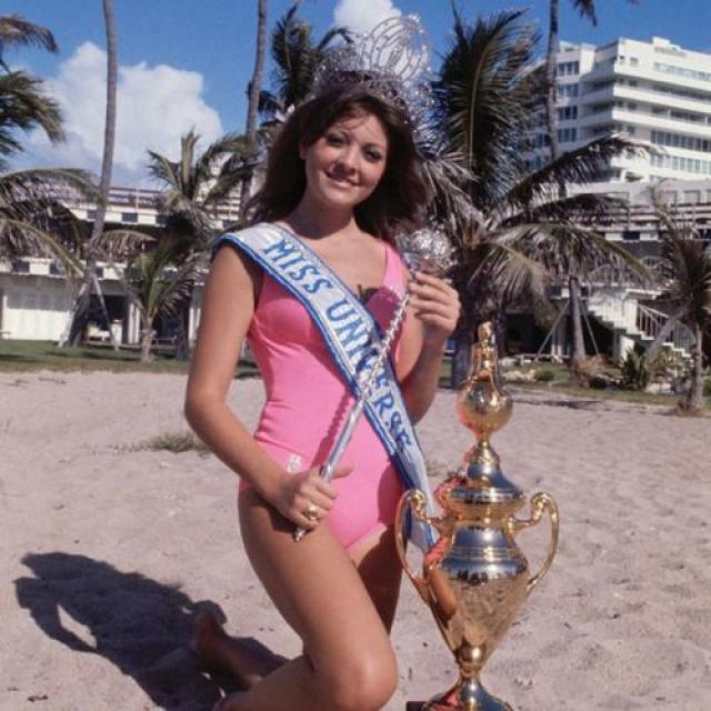 Георгина Лиск, Ливан.«Мисс Вселенная — 1971». 18 лет, рост 173 см, параметры фигуры 89−61−89.