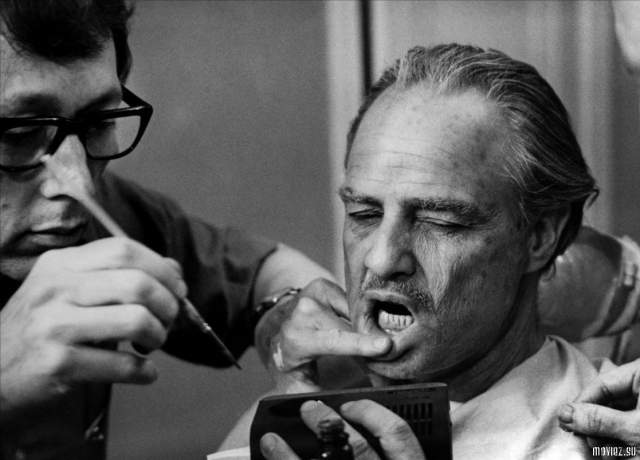 """Долгие годы """"Дон Корлеоне"""" искал утешения в женщинах, на коих был падок, но не нашел равную себе по характеру - окружали его одни простушки, готовые ради него на все."""