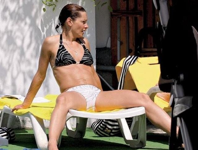 Алена Бабенко. 45-летняя актриса находится в прекрасной спортивной форме.