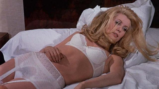 """Катрин Денев, фильм """"Дневная красавица"""". Звезда французского кинематографа изысканна и изящна даже в роли проститутки."""