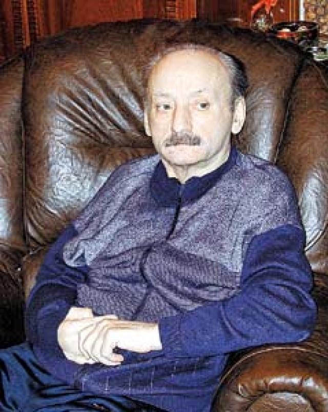 Семен Фарада (1933−2009). Трагедия постигла актера в 2000 году: вследствие поражения значительной части мозга он был вынужден заново учиться ходить.