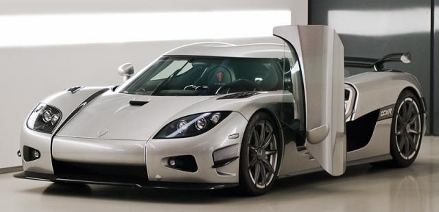 Koenigsegg CCXR - $2 900 000. Koenigsegg CCXR является единственным экологически чистым суперавтомобилем на планете, работающим на биоэтаноле.