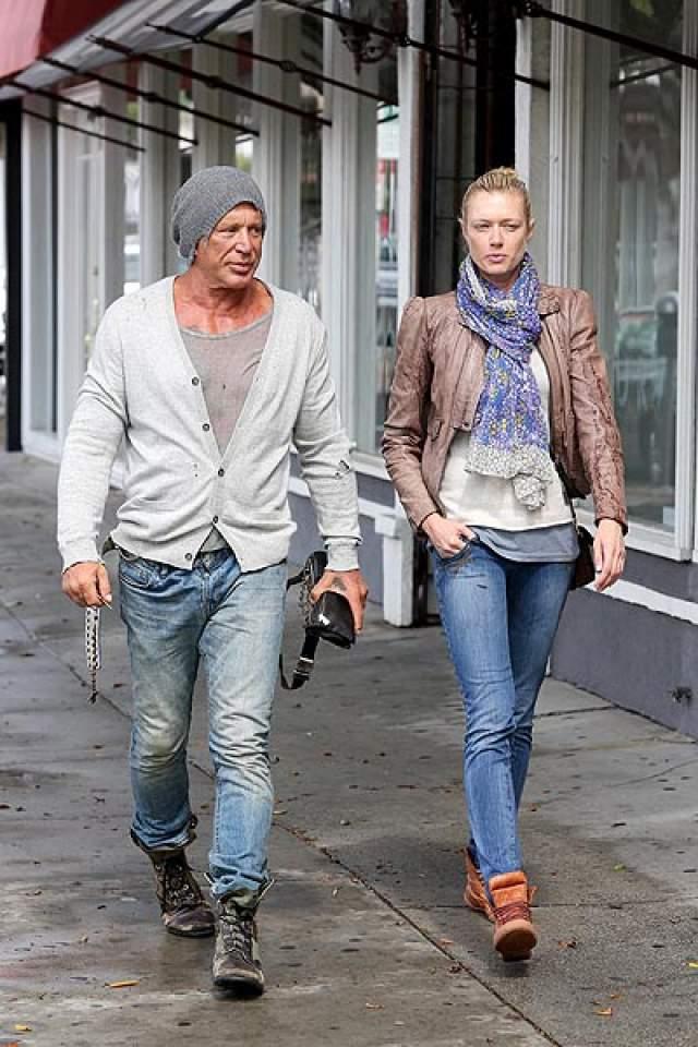 В итоге Рурк так и не женился на модели только потому, что та его бросила. Это подтвердила Наталья Лапина, с которой у Микки также был роман.