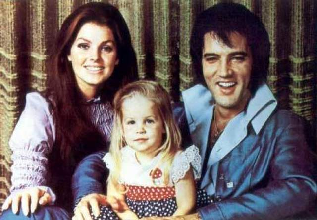 Элвис Пресли. У короля рок-музыка был всего один ребенок - дочь Лиза Мари от жены Присциллы Булье.