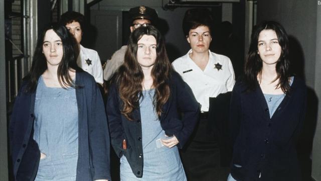 """На суде сектантка Сьюзан Аткинс, скончавшаяся в 2009-м в тюрьме, рассказывала, как Тейт умоляла ее: """"Позвольте малышу родиться"""" ."""