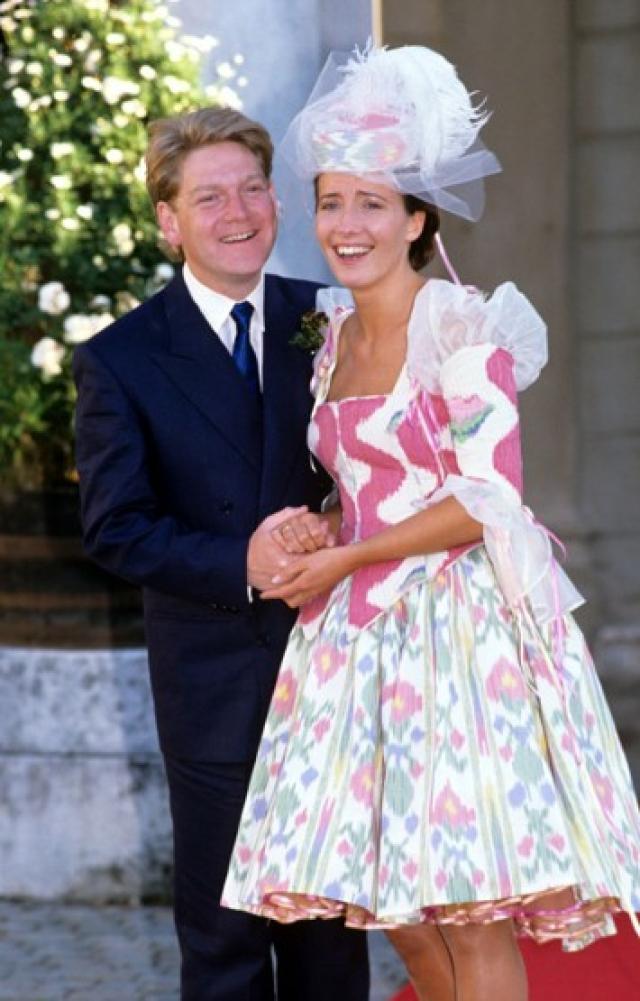 Эмма Томпсон. Актриса выбрала свадебный наряд, напоминающий шторы в стиле кантри.