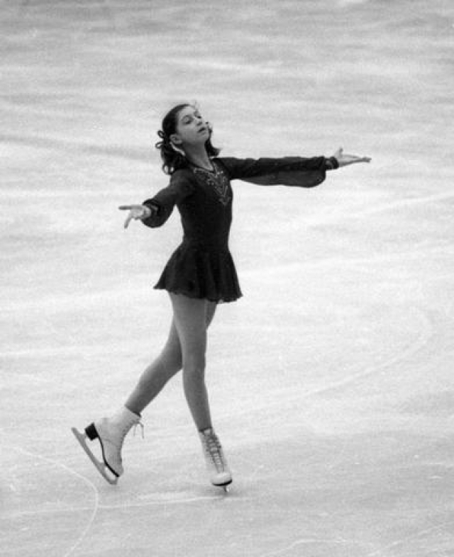 Также Елена стала самой юной советской спортсменкой, выступавшей на Олимпиадах, за всю историю советского спорта - на Олимпиаде 1978 года в Инсбруке ей было всего 12.