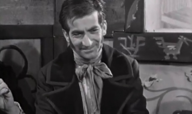 Молодой человек между тем времени не терялся и быстро съел все эклеры, которые хозяйка большим трудом разыскала в оккупированном немцами Париже.