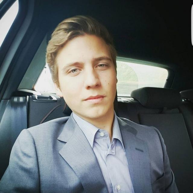 Артем Шульгин. 21-летний сын Валерии Артем уже много лет живет и учится в Швейцарии.