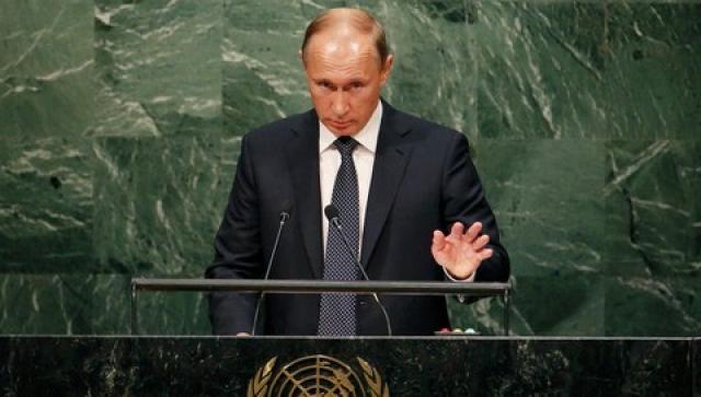 """32. На 70-й сессии Генассамблеи ООН впервые за последние 10 лет выступил Владимир Путин. """"Вы хоть понимаете теперь, чего вы натворили?"""" - обратился с трибуны российский президент к мировым лидерам, прежде всего США - как инициатору всех глобальных изменений в мировой политике."""