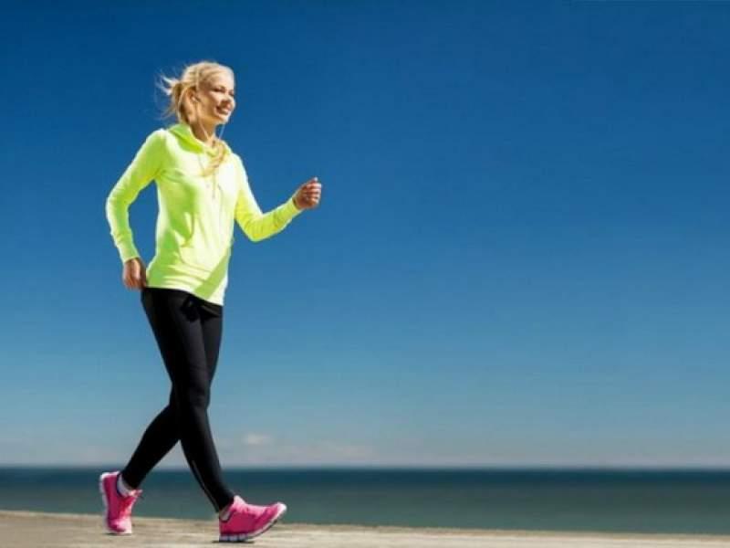 Новости дня: Ученые нашли связь между скоростью ходьбы и старением мозга