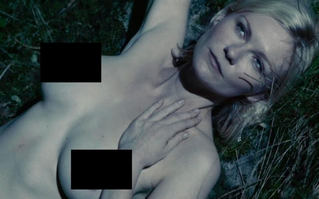 """Кирстен Данст. Актриса появляется обнаженной в кинокартине """"Меланхолия"""". Кирстен Данст играет роль Жюстин, которая выходит замуж, но резко впадает в депрессию."""