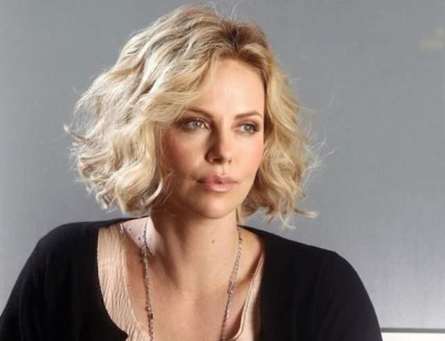 Поле этого актриса долго хранила молчание, и лишь спустя несколько лет сказала в одном из интервью, что решение расстаться было обоюдным.