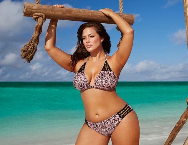 """3. Эшли Грэм. Плюс-сайз модель доказывает, что многим мужчинам нравятся """"пышки""""."""