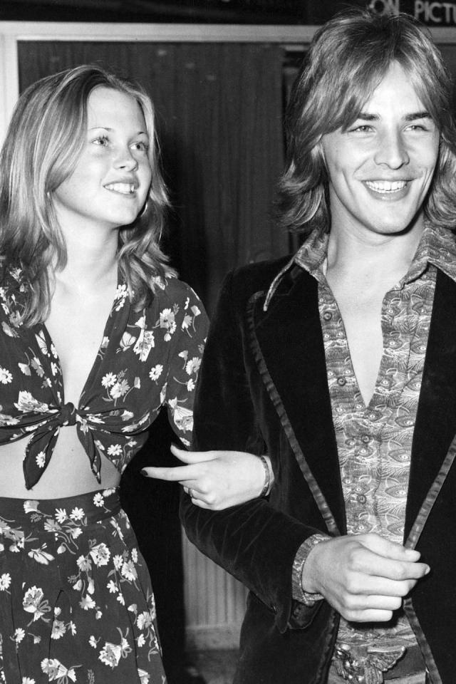 Мелани Гриффит. Будущая актриса и 24-летняя звезда Дон Джонсон познакомились в 1973 году, когда Мелани только исполнилось 16 лет.