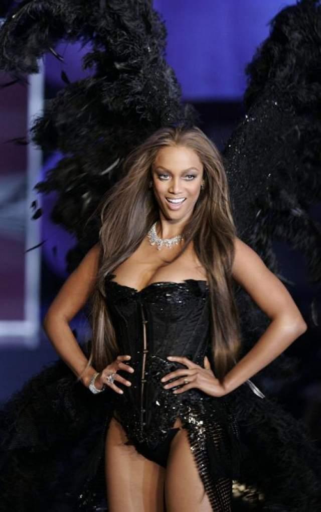 Тайра Бэнкс Тайра Бэнкс была одним из первых ангелов Victoria's Secret, начав работать в компании с 1997 года и пробыв там до 2005 года.