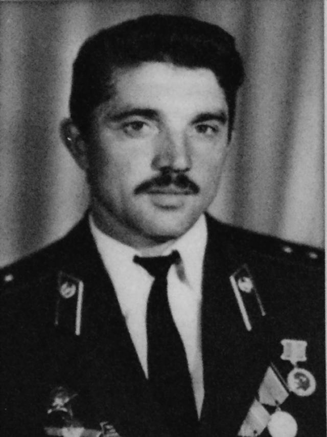 Помешал ему мотоциклист эскорта Зацепилов.