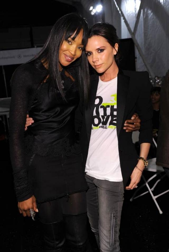 Виктория Бекхэм. Звезду поп-музыки и моды в расизме обвинил не кто-нибудь, а собственная подруга Наоми Кэмпбелл.