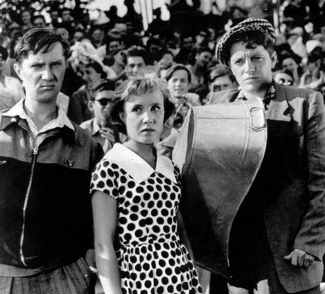"""Самой первой """"звездной"""" картиной Румянцевой стал фильм """"Неподдающиеся"""": роль Нади Берестовой в комедии писалась специально для нее."""