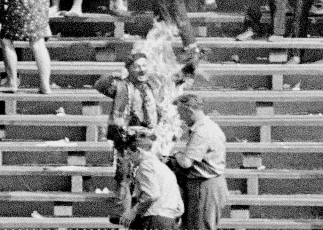 После смерти Палаха до апреля 1969 года еще 26 человек предприняли попытки самосожжения, протестуя таким образом против советской интервенции, в том числе 7 погибли.