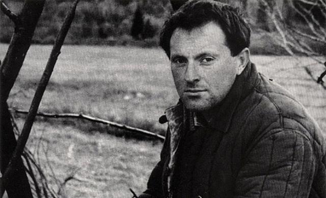 """Иосиф Бродский. В возрасте 24 лет Бродский был осужден за """"тунеядство"""" и отбывал наказание с марта 1964 года по ноябрь 1965 в трудовом лагере в Архангельской области на севере России."""