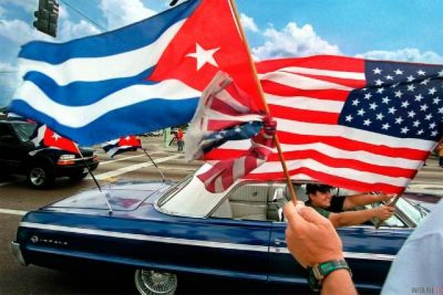 25. В конце июля США и Куба официально восстановили дипломатические отношения , прерванные 54 года назад.