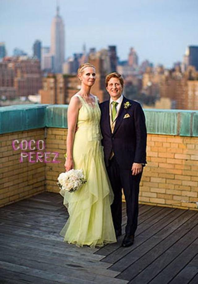 Синтия Никсон. У звезд необъяснимая тяга к свадебным платьям желтого цвета. Почему?
