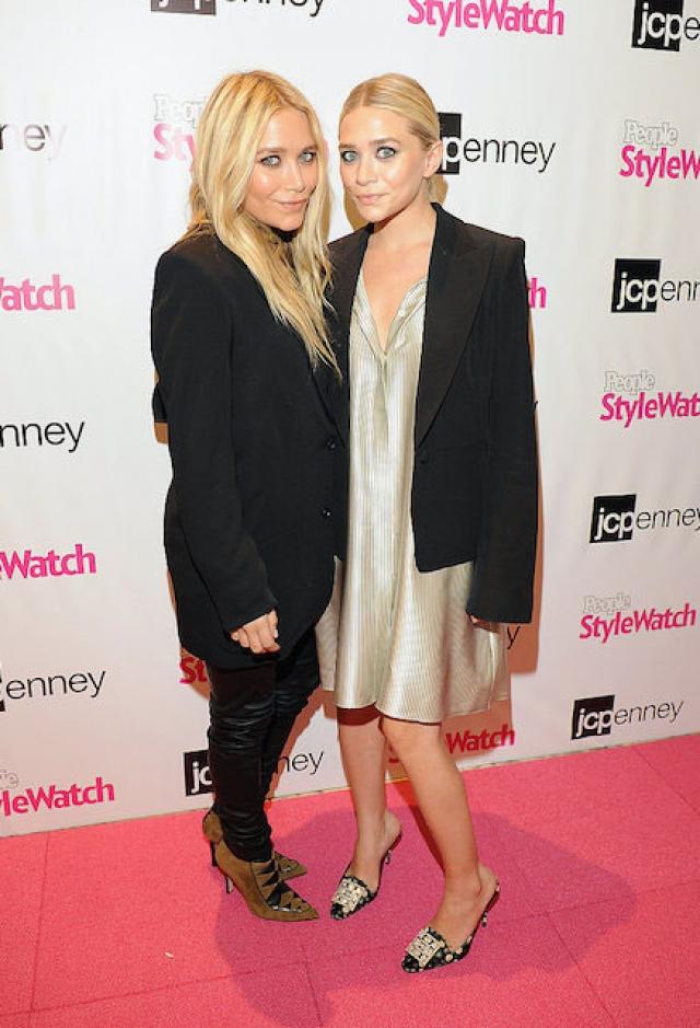 Мэри-Кейт и Эшли Олсен. Сестры уже в 10-летнем возрасте стали миллионерами.