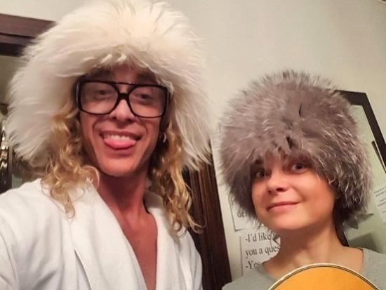Фото семьи в бане откровенно, видео трахнул молдаванку
