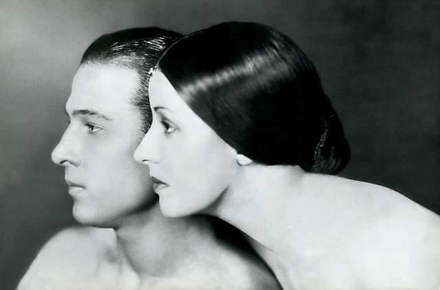 В 1922 году он сочетался второй раз браком, не будучи при этом разведенным с первой супругой, и был обвинен в двоеженстве.