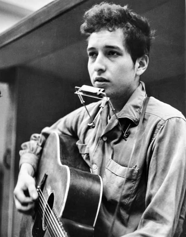 """Боб Дилан (1959-наст.вр.). Урожденный Роберт Аллен Циммерман стал основателем течения """"кантри-рок"""", а ныне - это лауреат Нобелевской премии по литературе 2016 года."""