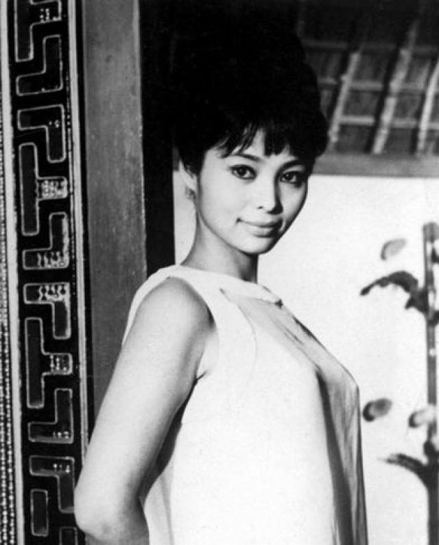 А Акико Вакабаяси сыграла героиню по имени Аки.