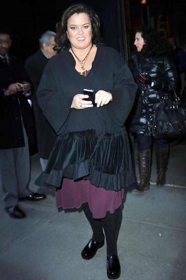 Рози О`Доннелл. В марте 2002 года во время интервью в программе с Дайан Сойер на телеканале ABC призналась в своей гомосексуальности телеведущая, продюсер и стендап-комик Рози О`Доннелл.