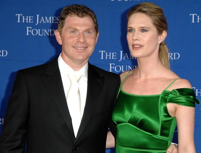 После десяти лет брака Стефани Марш и Бобби Флэй в апреле заявили о намерении развестись.