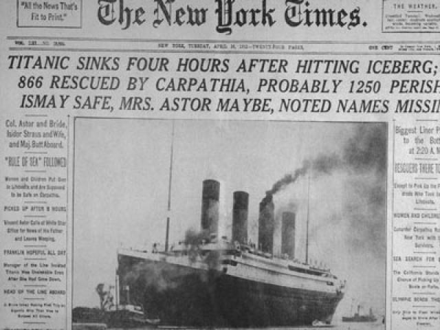 Сотни человек выплыли на поверхность, но почти все они погибли от переохлаждения: температура воды составляла −2 °С. На двух складных шлюпках, которые не успели спустить с лайнера, спаслось порядка 45 человек.