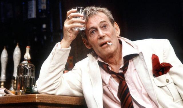 """Операцию провели вовремя, но лишившись поджелудочной и части желудка, Питер пересмотрел отношение к спиртному, сразу же """"завязал"""" с запоями, позволяя себе пить только чуть-чуть и изредка."""