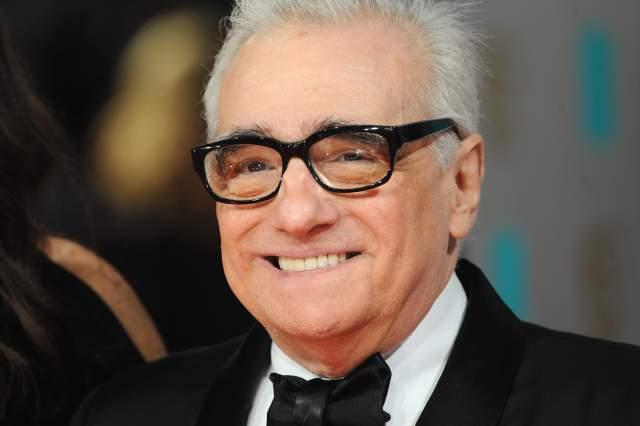 """Мартин Скорсезе Американский режиссер, сценарист, продюсер и актер итальянского происхождения. В 1973 году он снял свой первый фильм """"Злые улицы"""", который был сразу же признан шедевром. Считается одним из величайших режиссеров всех времен. В общей сложности обладатель 105 всяческих кинопремий и призов, включая """"Оскар"""", """"Золотой Глобус"""", """"Золотую пальмовую ветвь"""", BAFTA. С 2003 года имеет звезду на Голливудской аллее славы. В 2007 году Мартин Скорсезе основал Всемирный фонд кино."""